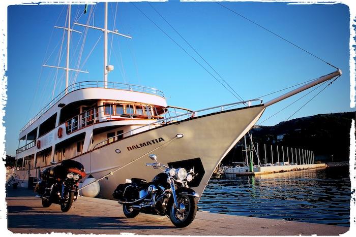 Bikes vor Dalmatia IMG_4243_Fotor