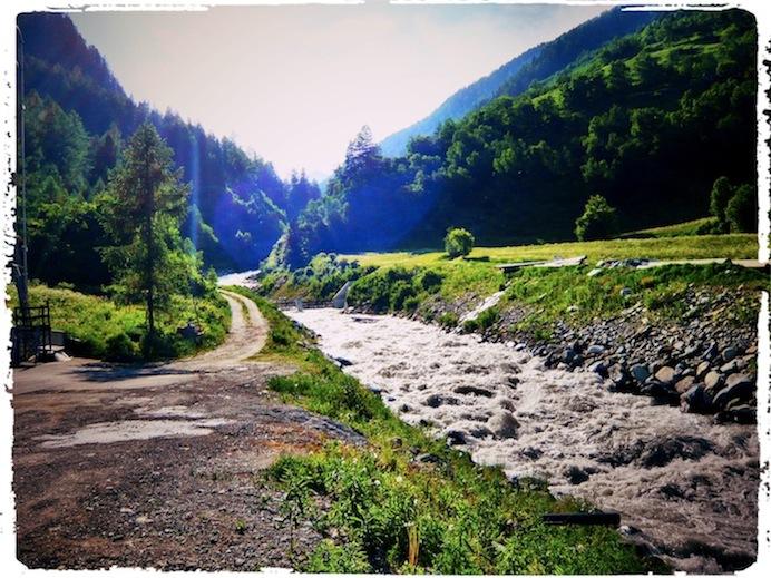 Titelbild Fluß